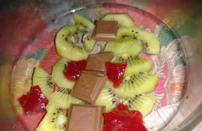 Kiwi with Twisted decoration