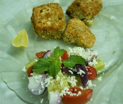 Paneer Crunchy with Greek Salad