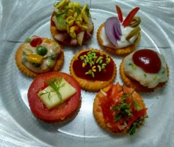 Biscuit Canapes