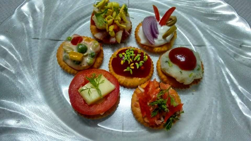 Biscuit toppings or biscuit canapes for Canape dessert ideas
