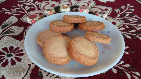 Eggless Sesame Seed Cookies