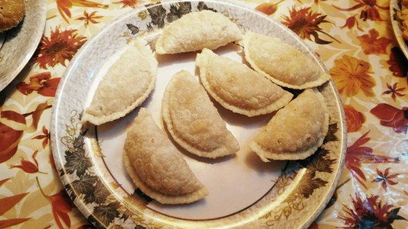 Fried Gujiya