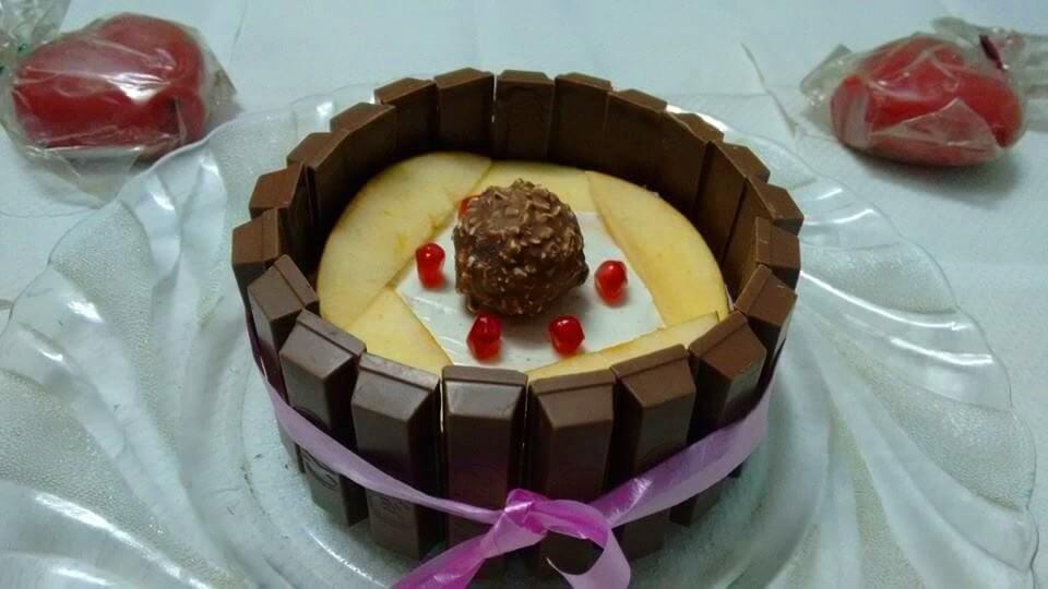 kitty-fruity-cream-cake