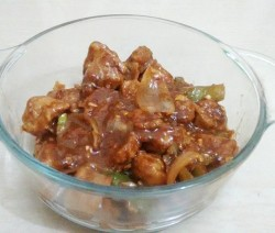 Chilly Soya Chunks Gravy