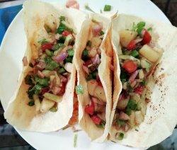 Poppadom Taco or Papadum Taco